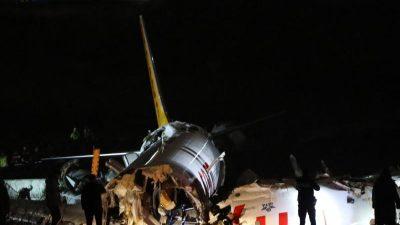 Flughafen Istanbul: Knapp an Katastrophe vorbei – Jet nach harter Landung auseinandergebrochen
