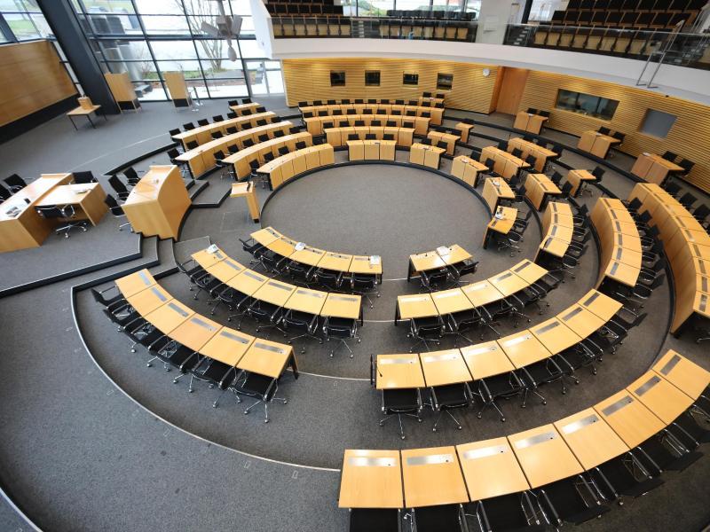 Thüringer Landtag lehnt AfD-Misstrauensantrag gegen Ramelow ab