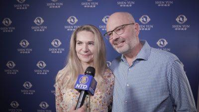 """""""Eigentlich gehen wir mit einem Glücksgefühl nach Hause"""" – sagt Ehepaar über Shen Yun in Ludwigsburg"""