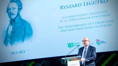"""Polnischer Politiker auf Forum in Ungarn: """"Green Deal der EU ist religiöse Vorschrift"""" geworden"""