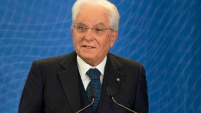 """Italiens Präsident kämpft mit rebellischer Haarsträhne: """"Auch ich gehe nicht mehr zum Friseur"""""""