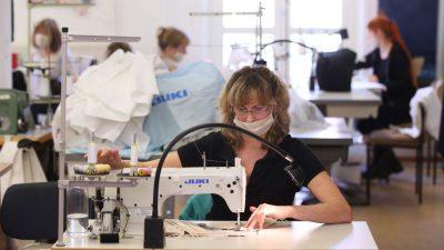 """Schutzausrüstung nun auch in Deutschland produziert – Preise als """"Abzocke"""" bezeichnet"""