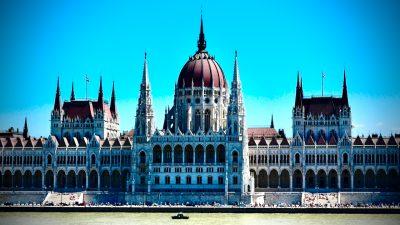EU-Haushalt: Ungarn droht mit Veto gegen Finanzpaket