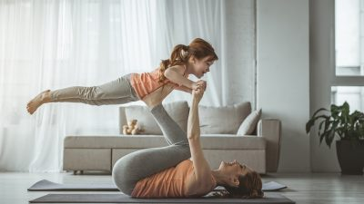 Beim Fitnesstraining in den eigenen vier Wänden ist Kreativität gefragt