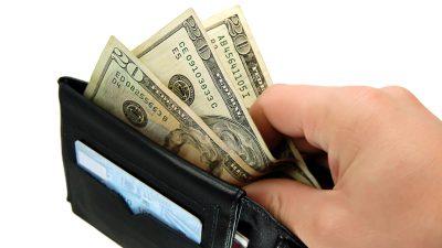Gast gibt in US-Restaurant 10.000 Dollar Trinkgeld vor Corona-Schließung