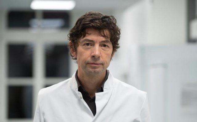 """Drosten schwört trotz Kritik auf übersensible PCR-Tests - 2014 kritisierte er die Methode als """"Modewelle"""""""