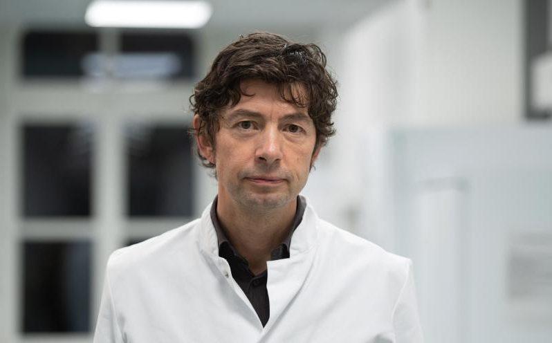 """Drosten schwört trotz Kritik auf übersensible PCR-Tests – 2014 kritisierte er die Methode als """"Modewelle"""""""