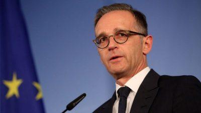 """Außenminister Maas scherzt vor Videokonferenz: """"Ich möchte mein normales Leben zurückhaben"""""""