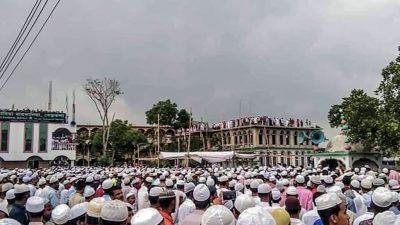 Bangladesch: 100.000 Teilnehmer trotz Ausgangssperre bei Beerdigung