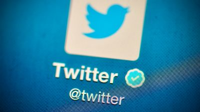 """Twitter als Wahlkampfpartei? Trump warnt: """"Wir werden sie streng regulieren oder schließen"""""""
