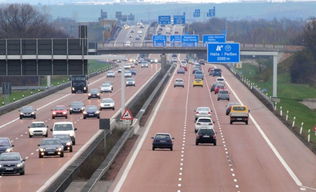 Umweltbundesamt und Söder fordern bis 2035 Verbot von Autos mit Verbrennungsmotoren – Grüne applaudieren