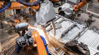 VW fährt Produktion in Zwickau schrittweise wieder hoch