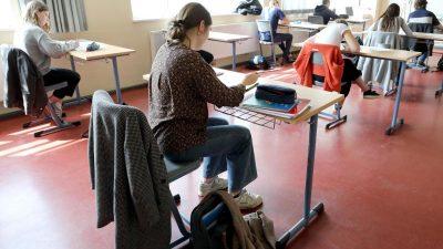 Lehrerverband: In Pandemie rund die Hälfte des Präsenzunterrichts ausgefallen