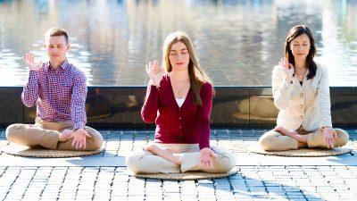 Auf der Suche nach innerem Frieden: Meditation bringt Trost während der Pandemie