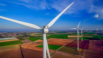 """Industrieverbände sehen EEG und """"Green Deal"""" der EU als Hindernis bei Neustart der Wirtschaft"""