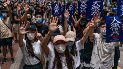 """Hongkonger wieder auf der Straße – Politiker aus 23 Ländern kritisieren Pekings """"Sicherheitsgesetz"""""""