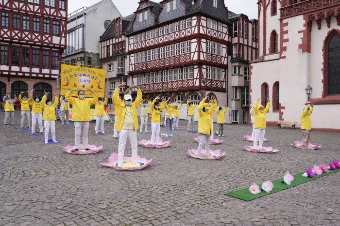 Deutschland: Politiker senden herzliche Grußworte zum Welt-Falun-Dafa-Tag