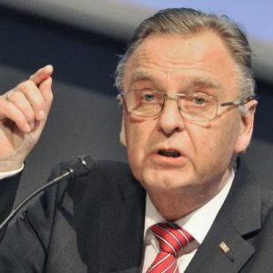 """Ex-Verfassungsrichter Papier: """"Die Menschen in diesem Land sind keine Untertanen"""""""