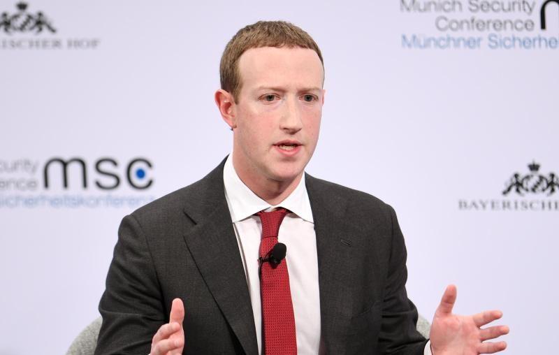 Geleaktes Video: Facebooks Zuckerberg lobte Bidens Verordnungen am ersten Tag im Amt