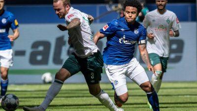 Schalker McKennie mit Armbinde: «Justice for George»