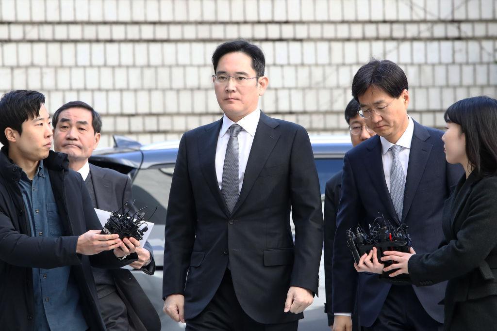 Samsung-Erbe akzeptiert Haftstrafe wegen Korruption