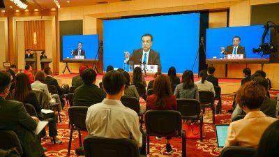 Chinas Premierminister räumt ernste Wirtschaftskrise ein: 600 Millionen Menschen verdienen 125 Euro im Monat