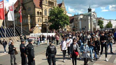 """Zehntausende protestieren in vielen deutschen Städten – Stichwort """"George Floyd"""""""