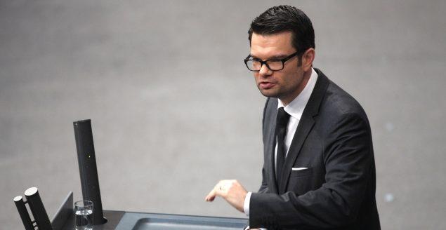 FDP fordert Erklärung von Merkel zur Corona-Politik vor dem Bundestag
