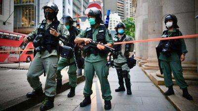 """Großbritannien drängt Peking zum """"Rückzug vom Abgrund"""" – Das Regime verschärft seinen Griff nach Hongkong"""