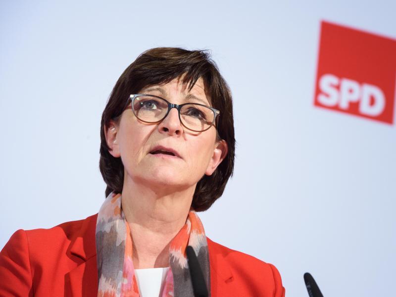 """SPD wirft Bildungsministerin """"Politikverweigerung"""" vor"""