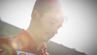 Ferrari in Rennstimmung mit Frühaufsteher Leclerc