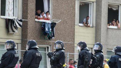 Quarantäne in Göttingen: Bewohner verletzen Polizisten