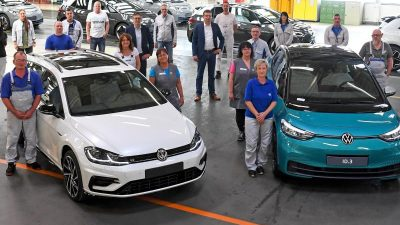 Wehmut bei VW-Werkern: Der letzte Verbrenner aus Zwickau – Jetzt droht vielen Zulieferern das Aus