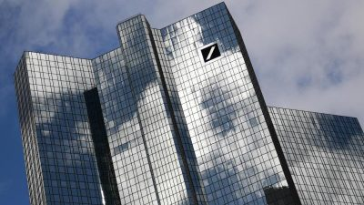 Banken verpflichten sich zu mehr Klimaschutz