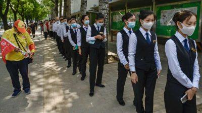 Impfstoff zu COVID-19: Chinesisches Unternehmen zwingt seine Mitarbeiter zur Teilnahme an klinischer Studie