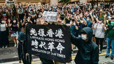"""""""Affront gegen alle Nationen"""": Durch Pekings Sicherheitsgesetz können alle Menschen weltweit belangt werden"""