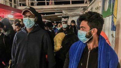"""Migranten von """"Ocean Viking"""" auf Quarantäne-Schiff gebracht – Seehofer fordert EU-Regelwerk für Zuwanderung"""