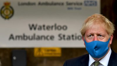 Pandemie: Johnson will bis Weihnachten wieder Normalität