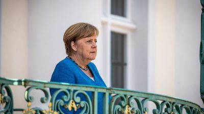 """Deutsche Liebe zu Diktaturen""? Polnisches Magazin übt scharfe Kritik an Merkels Außenpolitik"