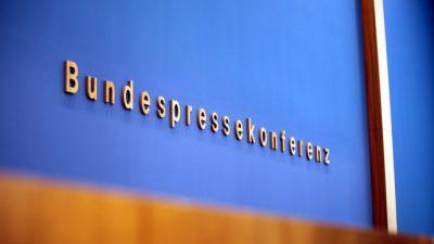 """""""RT"""" und Reitschuster angegriffen? – Offener BPK-Brief kritisiert kritischen Journalismus als Propaganda"""