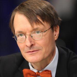 Lauterbach ruft zur Überarbeitung der Impfverordnung auf