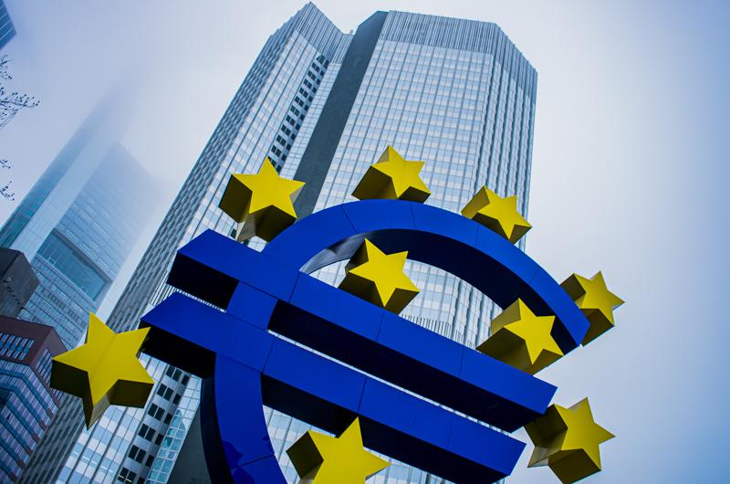 EZB erhöht jährliche Inflationsrate auf zwei Prozent
