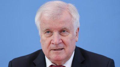 Seehofer appelliert an EU-Staaten zur gemeinsamen Bekämpfung illegaler Bootsmigration übers Mittelmeer