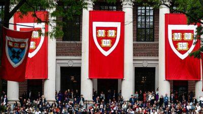 Eingeschränkter Uni-Betrieb in USA: Ausländischen Studenten droht Ausweisung
