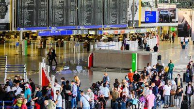 Bund und Länder planen eng begrenzte Reisesperren für Corona-Gebiete