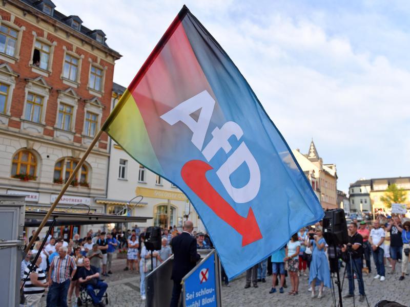 Sachsen-AfD Verdachtsfall beim Landesverfassungsschutz? Medien berichten, Behörden schweigen