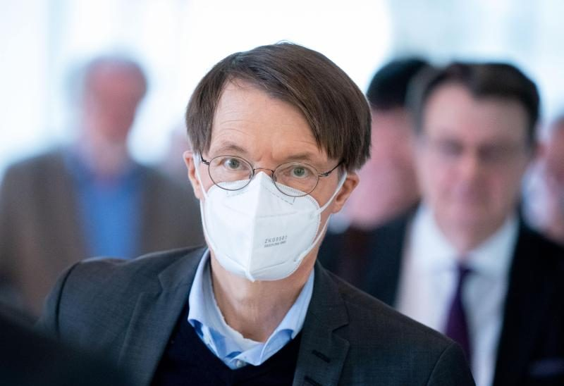 "Lauterbach kontert Gassen: Stopp der Corona-Maßnahmen ""unvertretbar"""