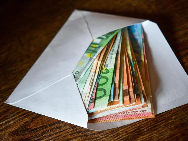 """Bundesbank: Geschätzt 40 Prozent des Bargeldes wird gehortet – """"Unsicherheit während der Pandemie ist hoch"""""""