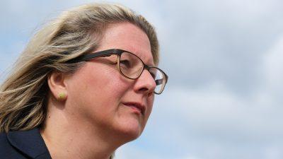 """""""Petersberger Klimadialog"""" endet mit Solidaritäts-Appell und keinen neuen Beschlüssen"""