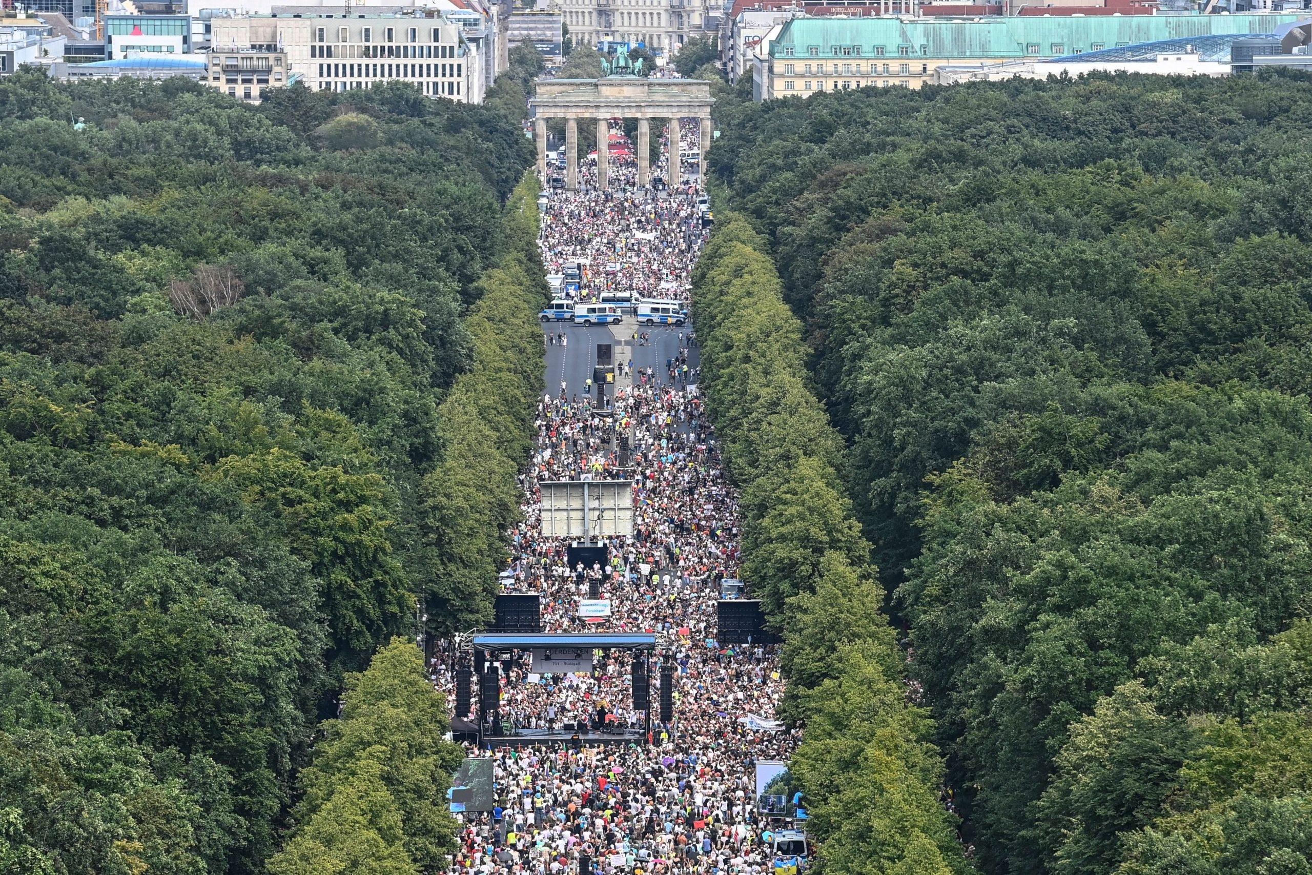 Lückenpresse – Faktensuche: Debatte rund um die Berliner Demo gegen die Corona-Politik